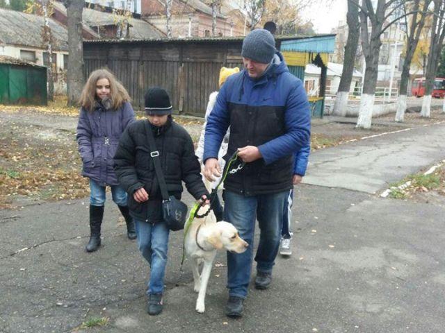 Проект «Канистерапия Харьков» побывал в Харьковской областной специальной гимназии-интернате для слепых детей им. В.Г. Короленко