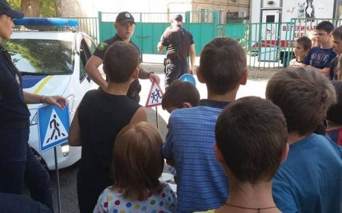 """КП """"Центр обращения с животными"""" продолжает развивать социально - образовательный проект """"Уроки доброты"""""""