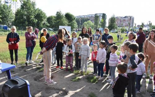 На Салтовке состоялось благотворительное мероприятие, посвященное питомцам Харьковского муниципального приюта для бездомных животных