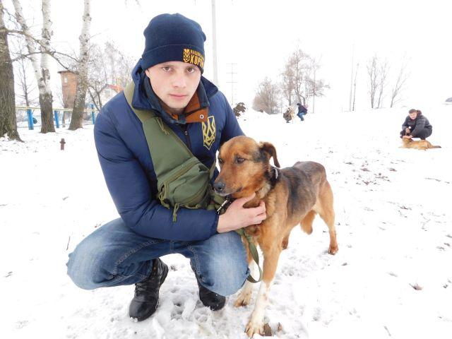 Ребята из Национального корпуса на выгуле в нашем приюте Харьков