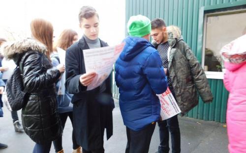 Ребята из Израильского Культурного Центра проведали питомцев Приюта